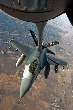 F-16 refuelling, Exercise Green Flag East - 081201-F-3071N-235.jpg
