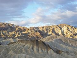 Zabriskie Point - Californie - parc national de la Vallée de la mort.jpg