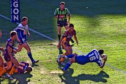 Brisbane Broncos vs Bulldogs 2.jpg