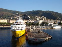 Corse-04521-port commercial.jpg